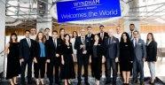 """Wyndham Grand İstanbul Kalamış Marina Hotel """"Yılın Oteli"""" Ödülü aldı"""